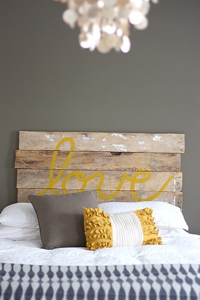 rescued headboard loving via housetweaking